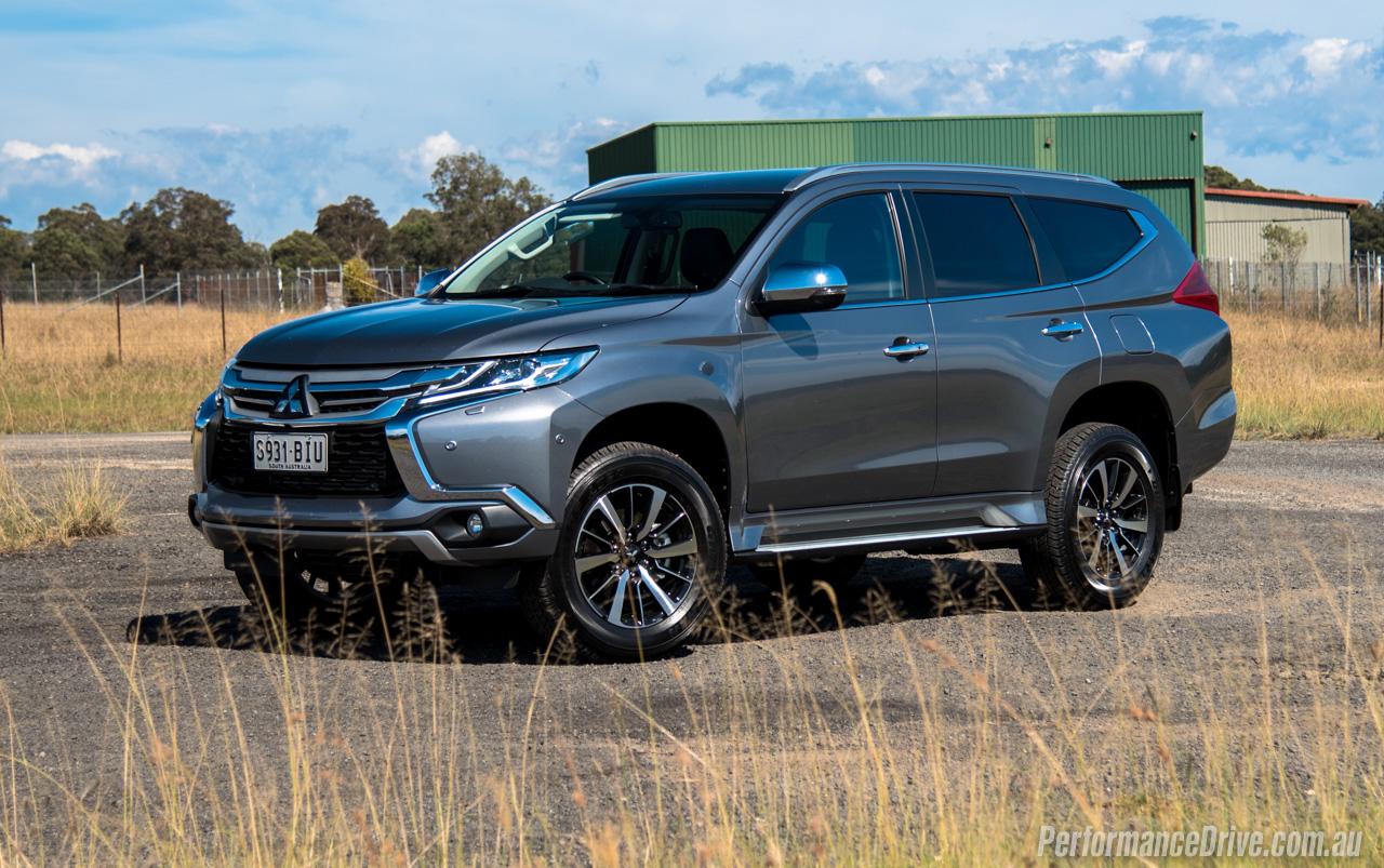 Mitsubishi pajero sport review 2016