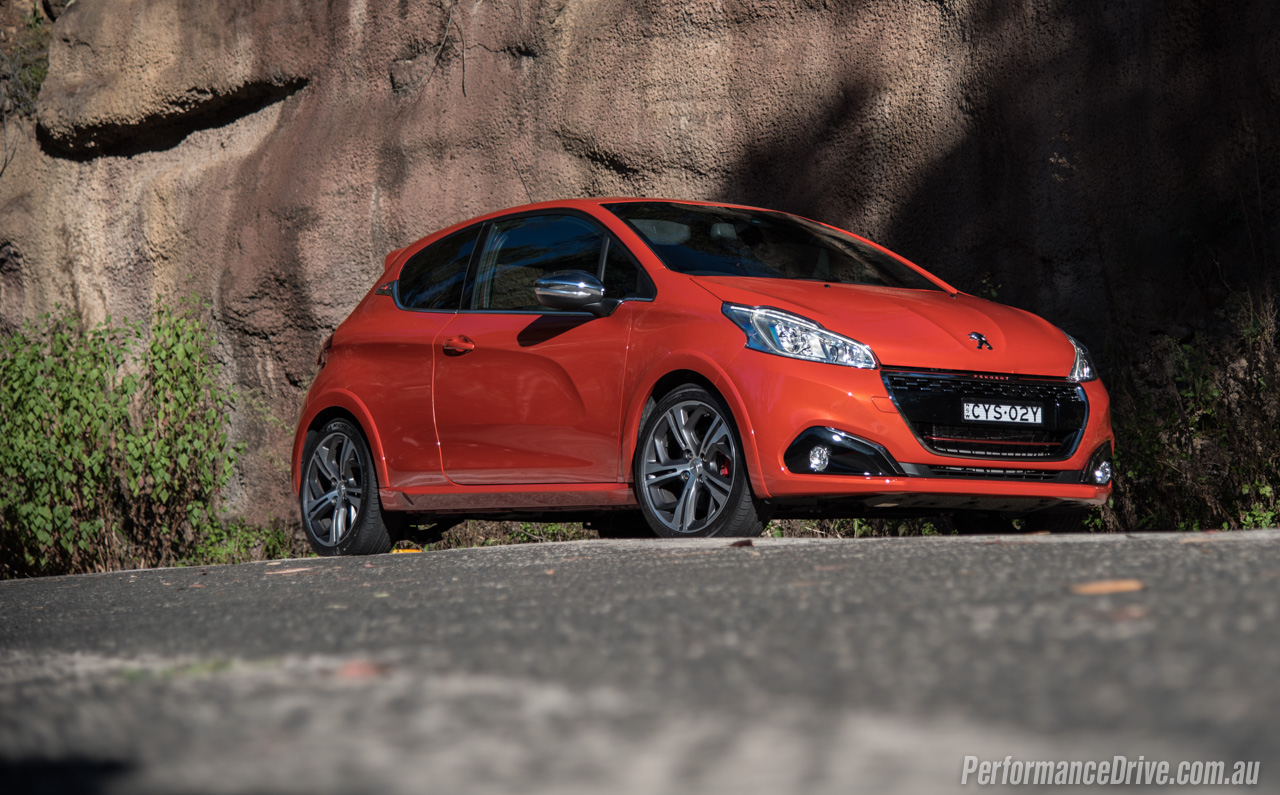 Wrx Vs Gti >> 2016 Peugeot 208 GTI review (video) | PerformanceDrive