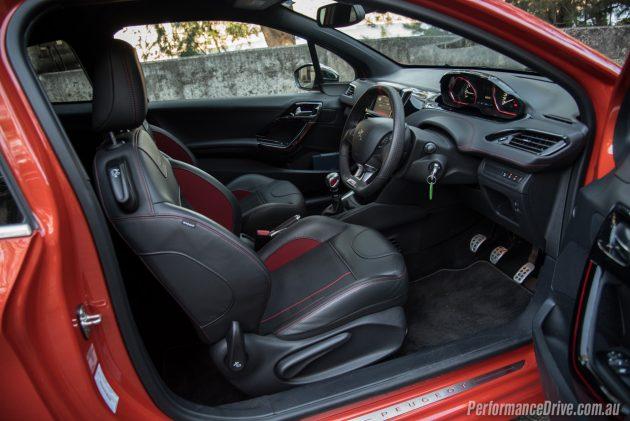 2016 Peugeot 208 GTI-interior