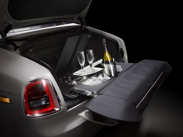 Rolls-Royce Phantom Zenith Collection-picnic draw