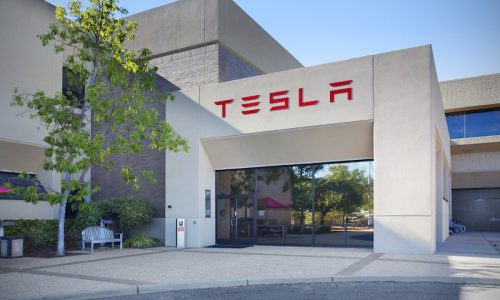 Tesla to sell $2 billion in stock to help fund Model 3 production