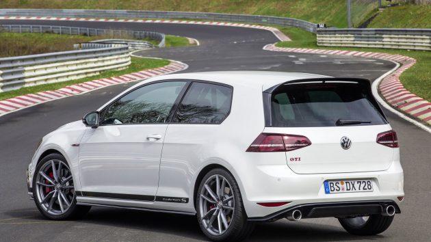 Volkswagen Golf GTI Clubsport S-rear