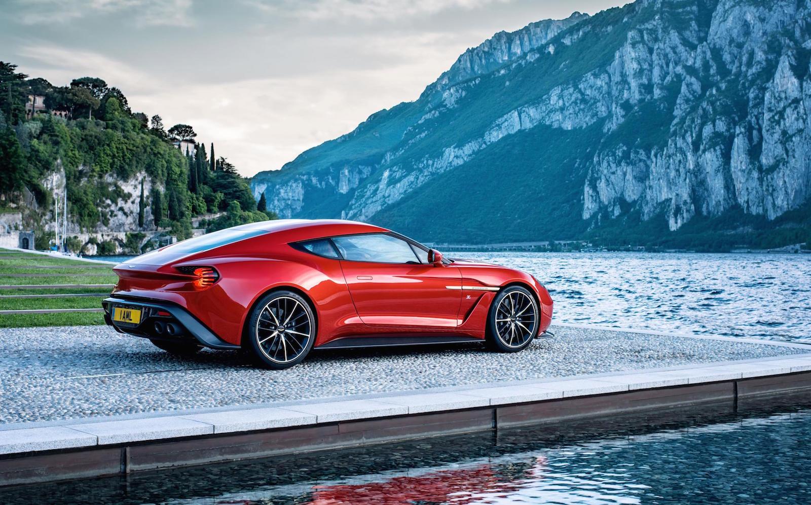 Aston Martin Vanquish Zagato Park