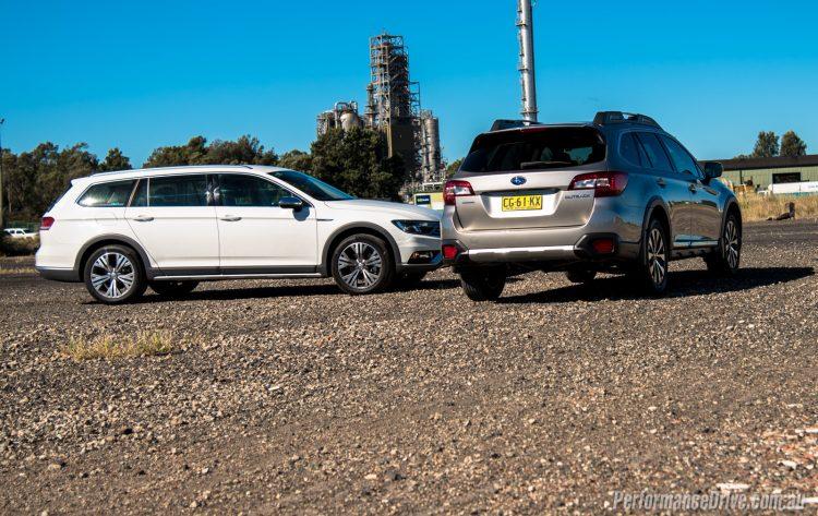 2016 Subaru Outback vs Volkswagen Passat Alltrack-4