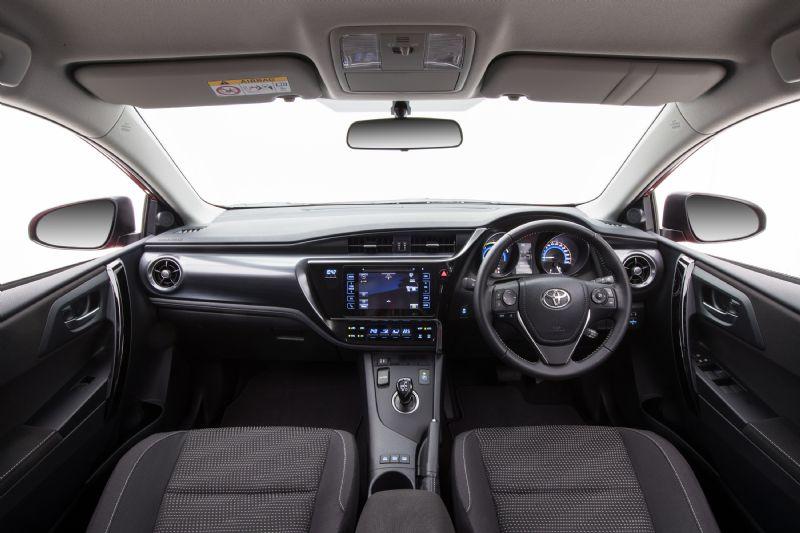 Toyota Auris 2016 >> 2016 Toyota Corolla hybrid now on sale in Australia from $26,990 | PerformanceDrive