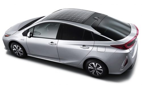 2016 Toyota Prius plug-in hybrid gets solar panel roof