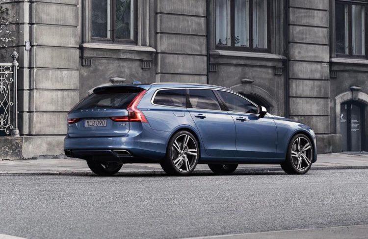 2016 Volvo V90 R-Design-back
