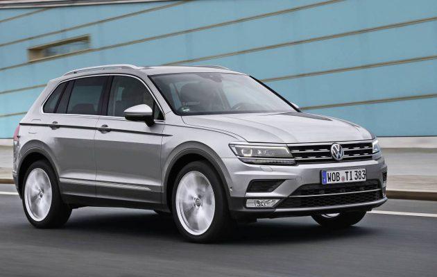 2017 Volkswagen Tiguan-driving