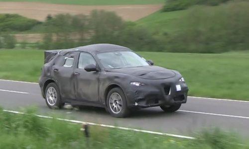 Video: Alfa Romeo Stelvio SUV prototype spotted in Germany