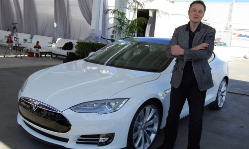 """Elon Musk says Apple Car is a """"missed opportunity"""""""