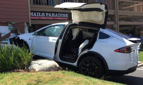 Tesla Model X owner claims Autopilot crashed car