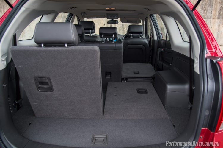 2016 Holden Captiva LT-folded seats