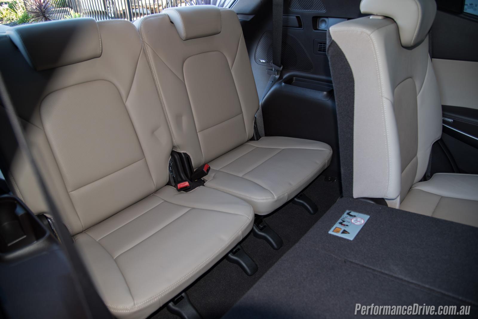 2016 Hyundai Santa Fe SR Third Row