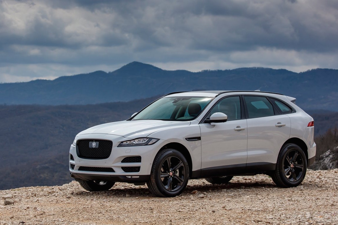 jaguar planning larger 39 j pace 39 suv above f pace. Black Bedroom Furniture Sets. Home Design Ideas