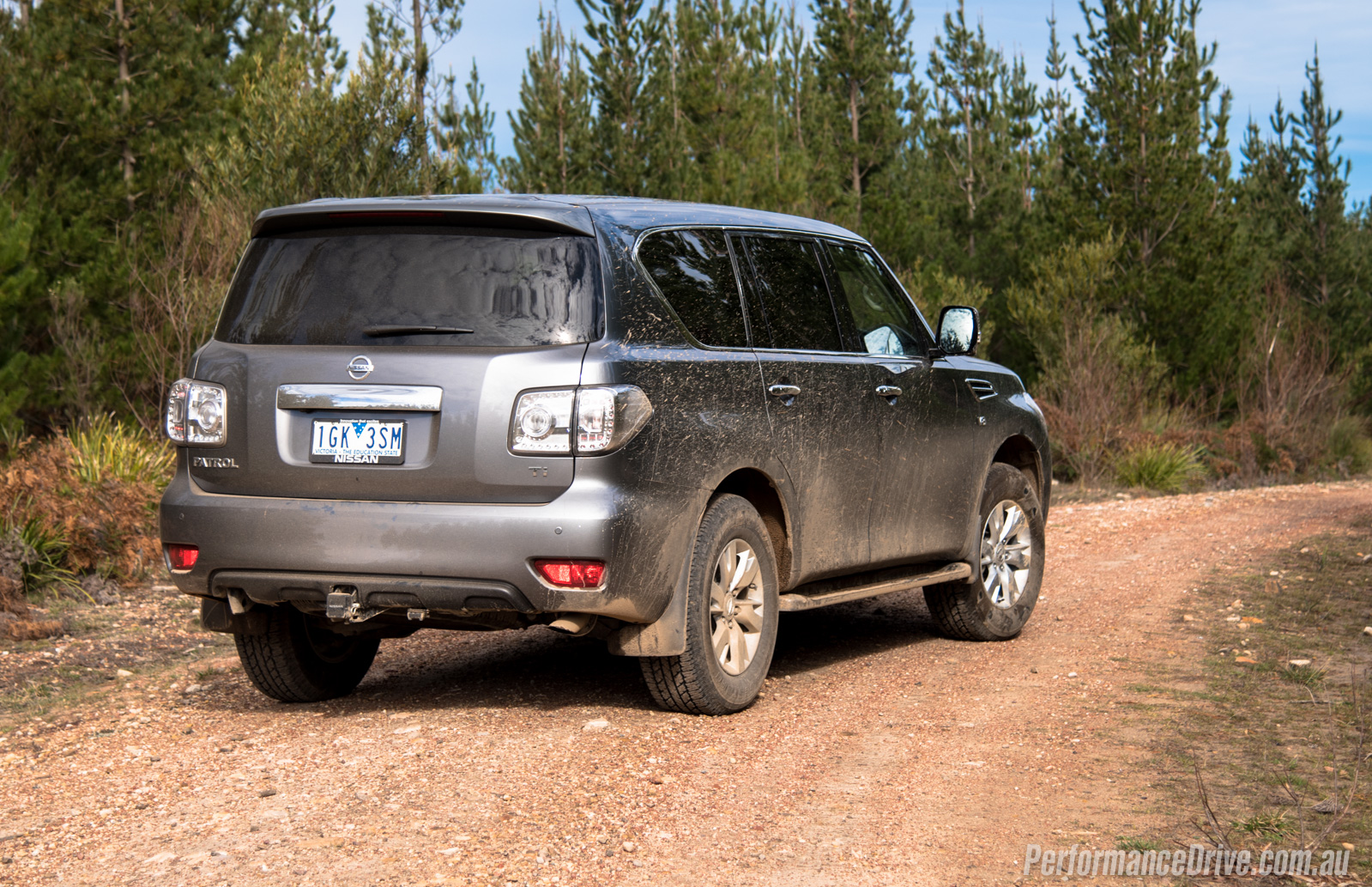 Nissan Pure Drive >> 2016 Nissan Patrol Ti V8 'Y62' review (video ...