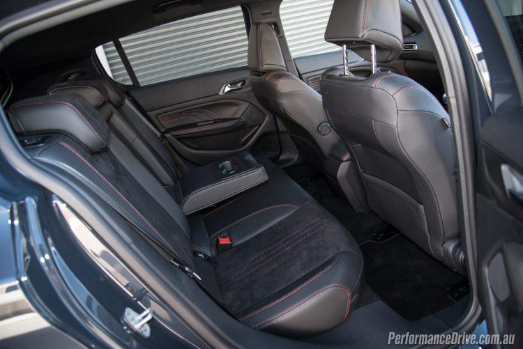 2016 Peugeot 308 GTi 250-rear seats