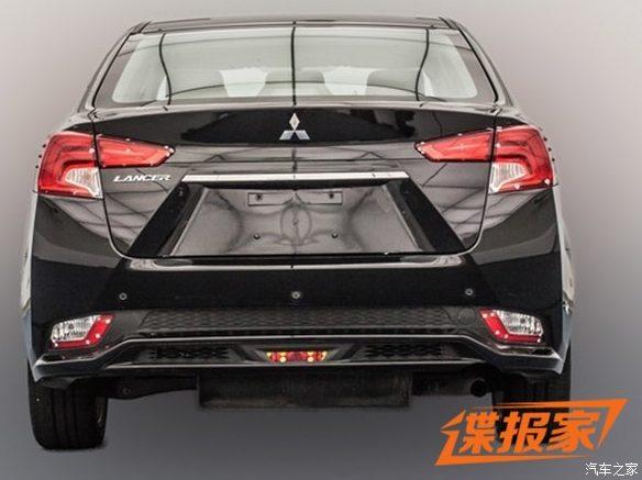 2017 Mitsubishi Lancer-rear