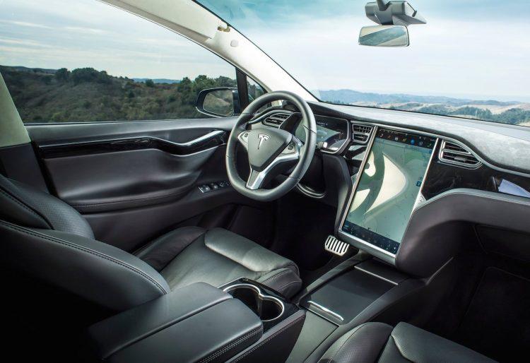 2017 Tesla Model X-interior