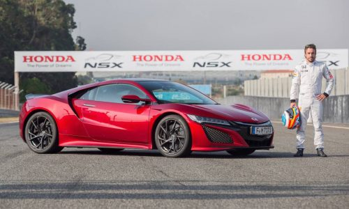 Fernando Alonso tests new Honda NSX at Estoril circuit