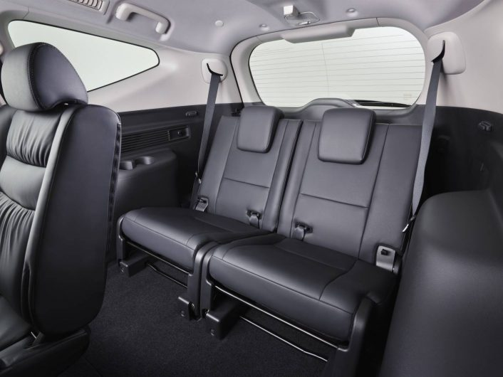 Mitsubishi Pajero Sport seven seats