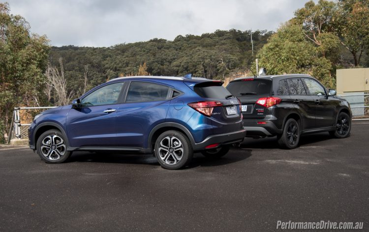 2016 Honda HR-V vs Suzuki Vitara Turbo-4
