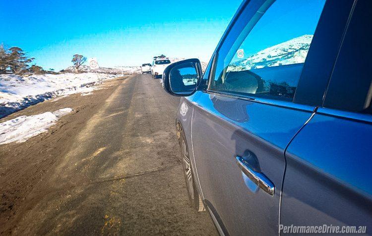 2016 Mitsubishi Outlander Exceed-mirror