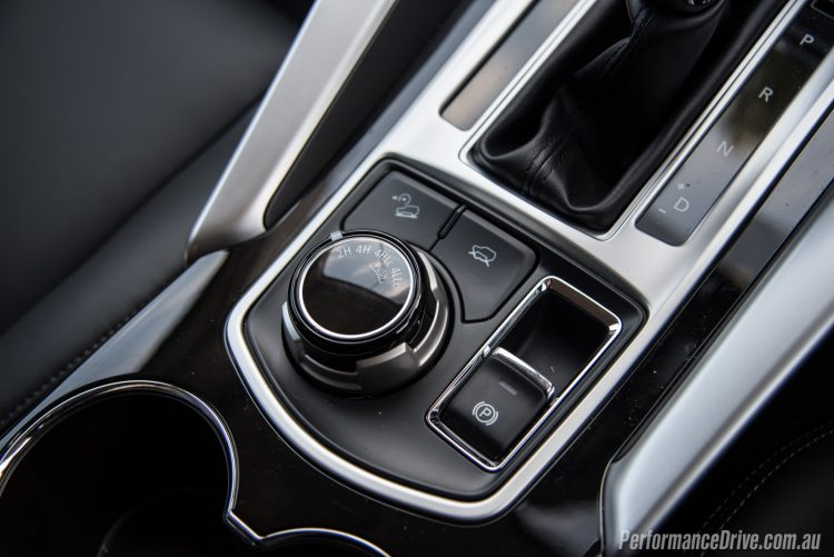 2016 Mitsubishi Pajero Sport Exceed 7 seat-4WD