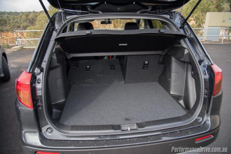 2016 Suzuki Vitara S-Turbo cargo area