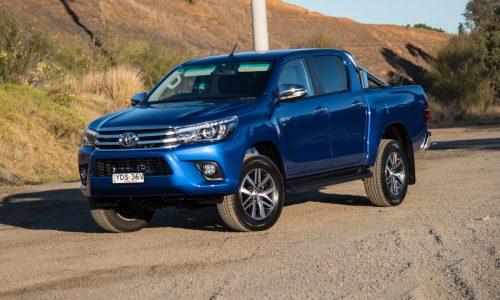 2016 Toyota HiLux SR5 V6 review (video)