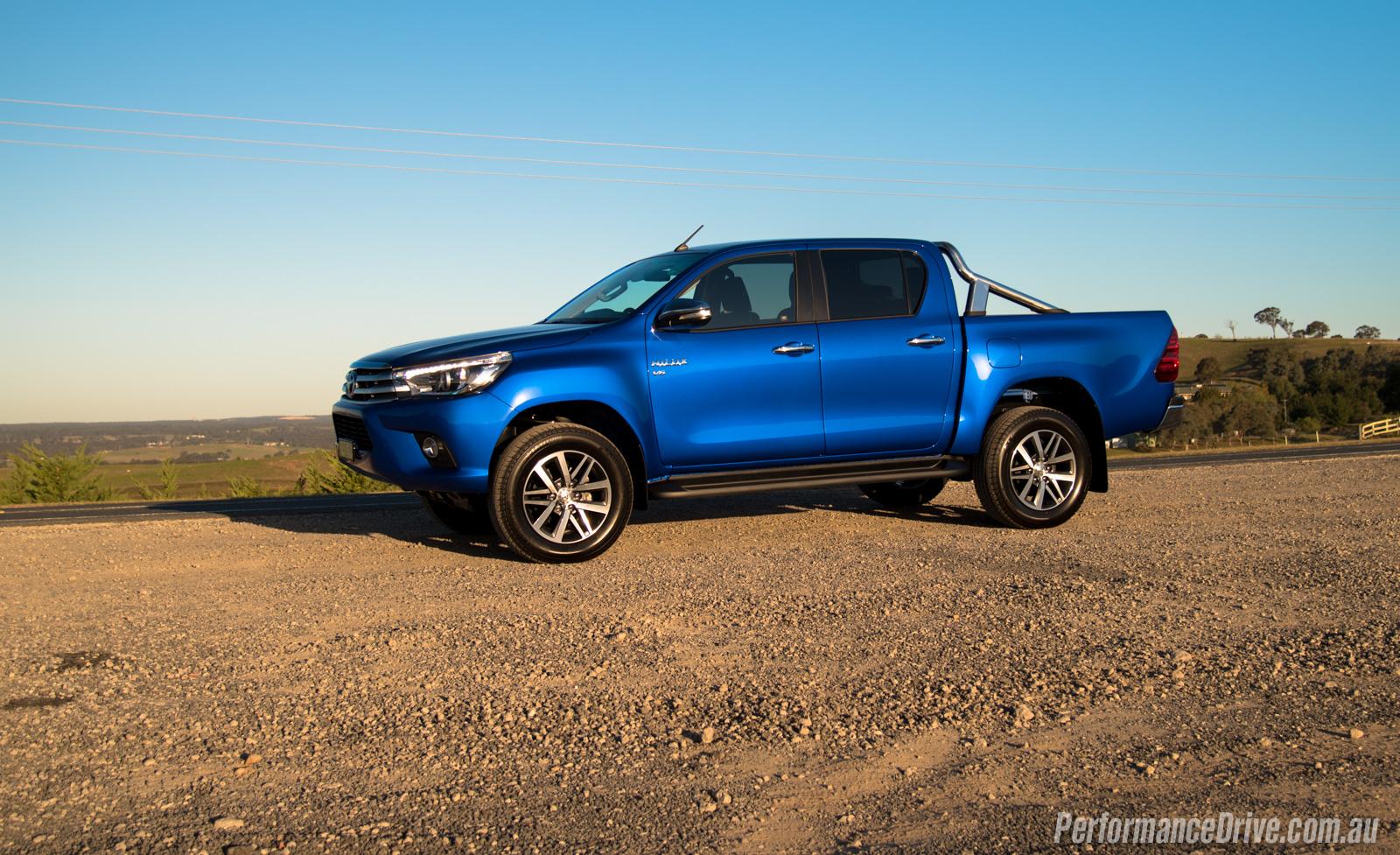 2016 Toyota Hilux Sr5 V6 Review Video Performancedrive