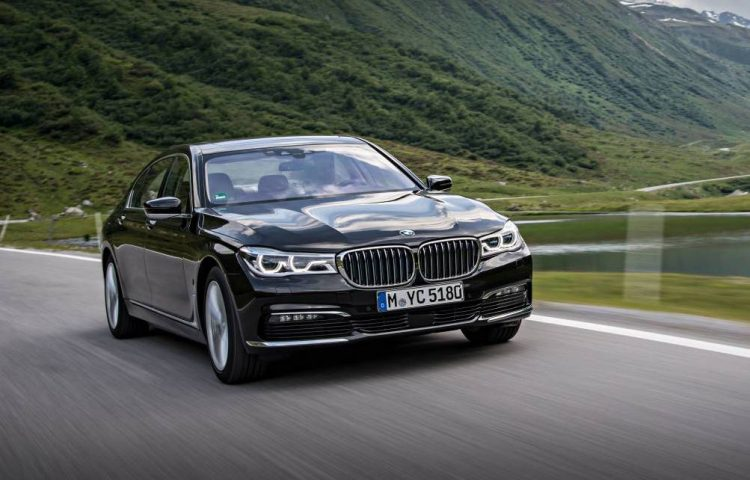 BMW 740e iPerformance-front