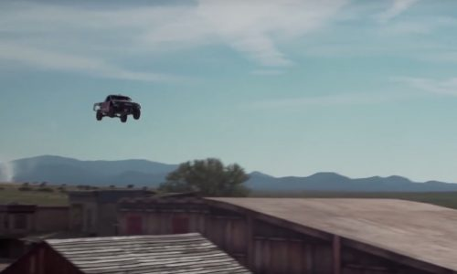 Video: Bryce Menzies jumps 115m in truck, breaks record
