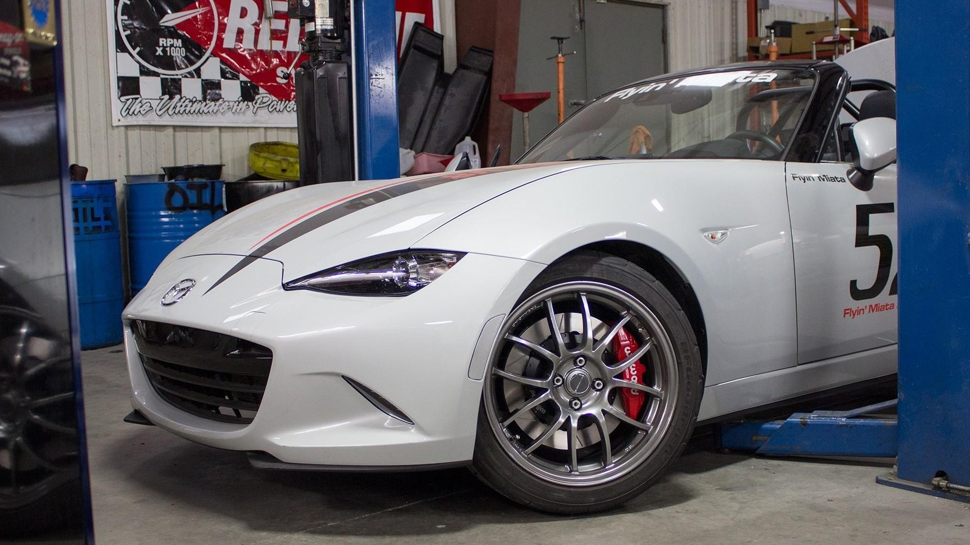 2016 Mazda MX-5 gets LS3 V8 conversion - the perfect car