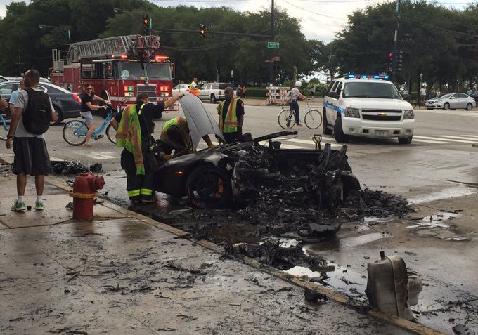 Lamborghini Huracan crash Chicago