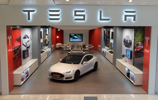 Telsa showroom
