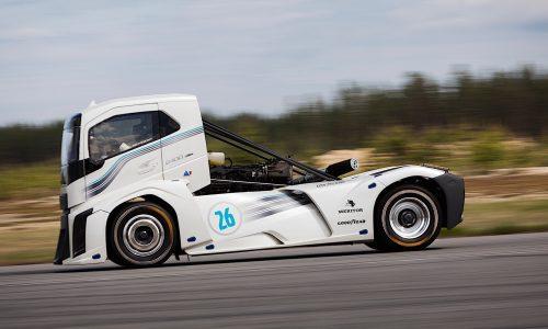Volvo Iron Knight truck breaks speed records, 0-100km/h in 4.6