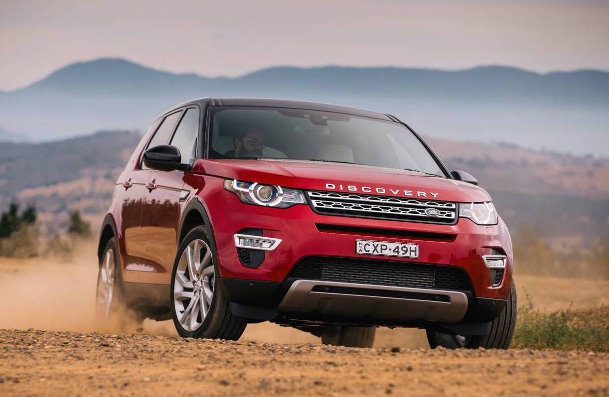 Range Rover Discovery Sport >> 2017 Land Rover Discovery Sport gets new Ingenium engines | PerformanceDrive