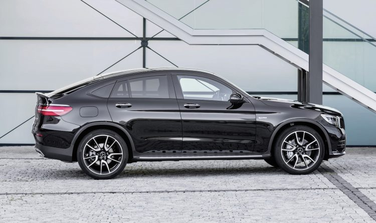 Mercedes-AMG GLC 43 Coupe-side