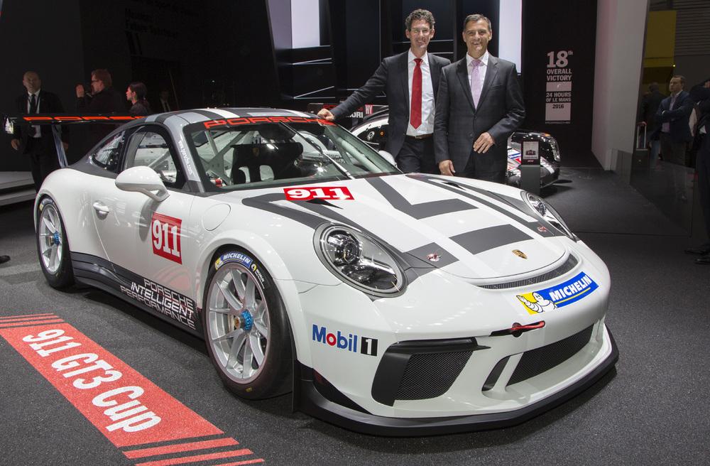Mini Cup Race Car >> 2017 Porsche 911 GT3 Cup car makes debut at Paris motor ...
