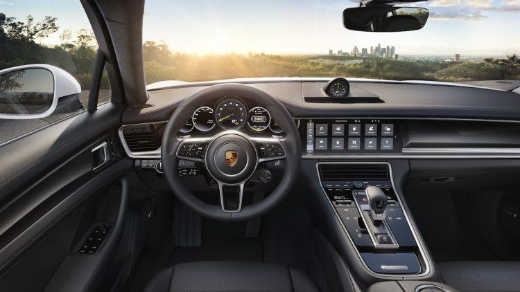 2017 Porsche Panamera E-Hybrid interior