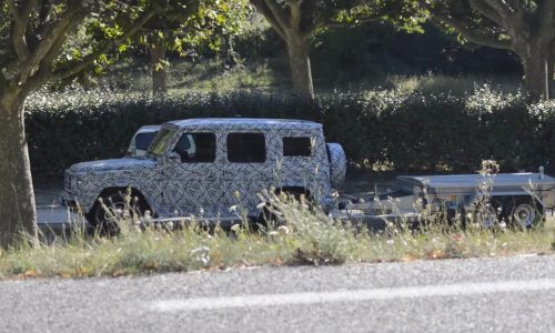 2018 Mercedes-Benz G-Class prototypes spotted (video)