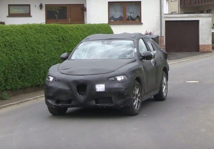 Alfa Romeo Stelvio SUV prototype (1)