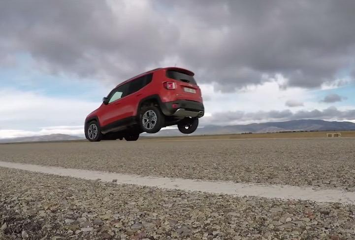 Jeep Renegade lifts back wheels under braking in Euro test (video)
