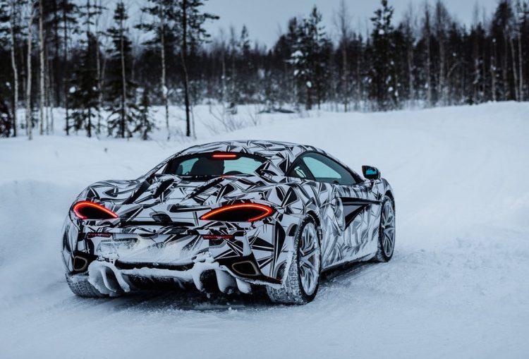 mclaren-ice-driving-experience-snow