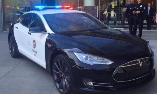 LA police testing Tesla Model S for patrol fleet