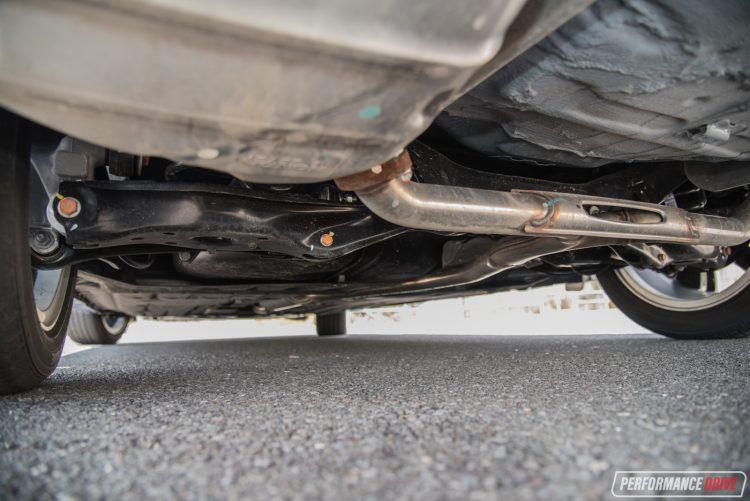 2016-honda-civic-rs-rear-suspension
