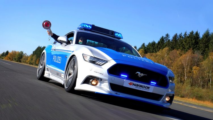 ford-mustang-german-police-car-driving
