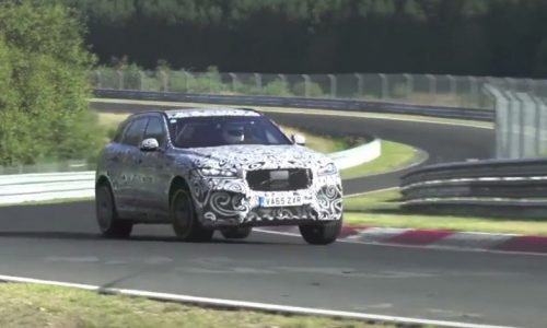 Jaguar F-PACE V8 spotted again, sounds awesome (video)