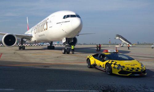 Bologna airport gets Lamborghini Huracan guide car