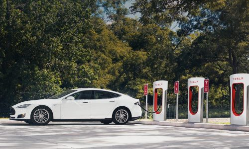 Tesla announces Supercharger no longer free for 2017 customers